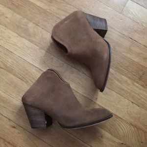 Chinese Laundry Tan Booties
